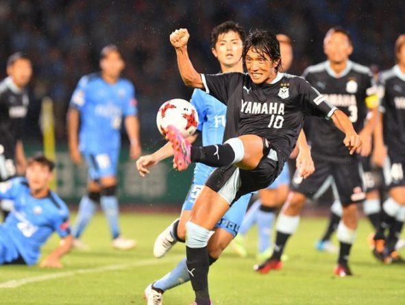 【現役の眼】元日本代表MF、橋本英郎が考察する「プロになれる選手、なれない選手」
