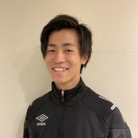 スクールコーチの濱崎です!